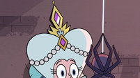 S3E28 Queen Moon's crown shining on her head