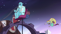 S2E32 Star Butterfly falls off the Wheel of Progress