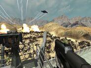Cazabombarderos F-76 Thunderbolt lanzan bombas napalm sobre un horda arácnida en la superficie de Hesperus
