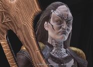 L'Rell with Sword of Kahless