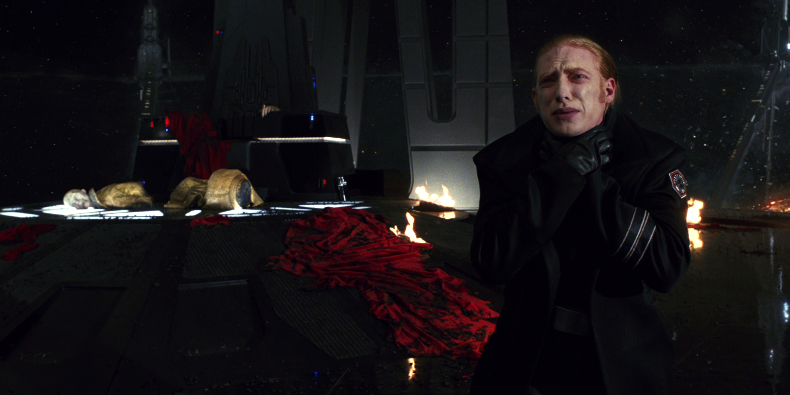 Hux Force choked.png
