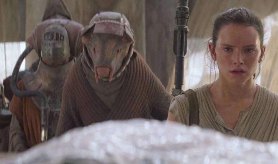 Athgar Heece and Rey on Jakku.png