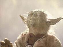 Yoda při zvedáni Lukova X-Wingu.jpg