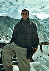 Abel G. Peña