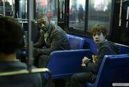 Роланд и Джейк в автобусе