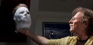 Halloween-michaelmyers-tommyleewallace-makingmask