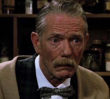 Senior (1990)