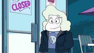 Steven Floats (035)