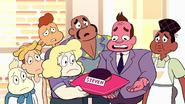 Steven Floats (225)
