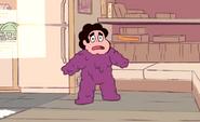 Oglucony Steven