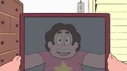 Steven Floats (010)