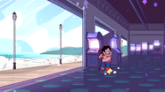 SU - Arcade Mania Steven Embarassed Grin While Sweeping