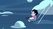 Steven Floats (164)