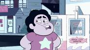 Steven Floats (034)
