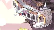 SU - Giant Woman Opal's green mouth error