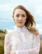 Saoirse-Ronan-the-host-24624740-749-499
