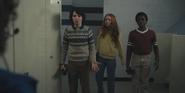 Mike, Max et Lucas aux toilettes