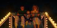 S03E07-Ted, Holly and Karen on Ferris Wheel
