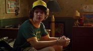 S03E01-Dustin in his bedroom