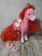 Strawberry-Shortcake-Strawberryland-Fillies-Horse-Pony-Cherry-Vanilla