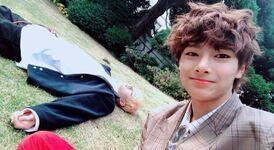 I.N and Bang Chan IG Update 181123 (2)