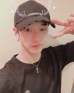 Bang Chan IG Update 20191225 (2)