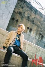 Bang Chan Clé 1 Miroh Promo Picture (2)