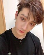 Bang Chan IG Update 20191225 (4)