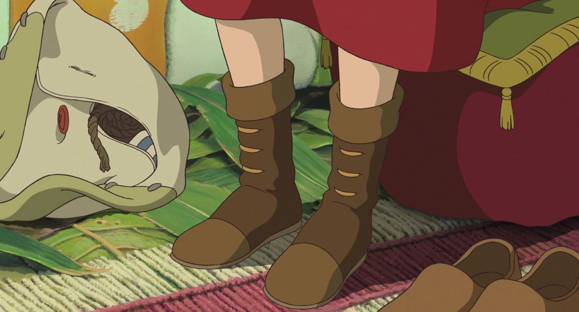 Arrietty Clock - shoes.jpg