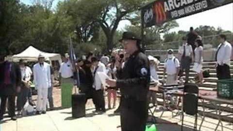 SubGenius_Rev._Twobeans_at_National_Anti-Scientology_Rally