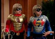 The Suite Life of Zack and Cody - S03E04 - Super Twins.avi 000826857