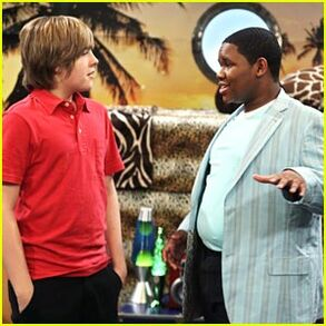 Dylan-sprouse-doc-shaw.jpg