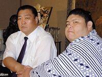 AkiseyamaShinjuryo-20100929-Jijicom-c