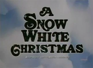 A Snow White Christmas credits
