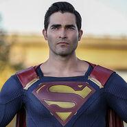 Superman-TylerHoechlin
