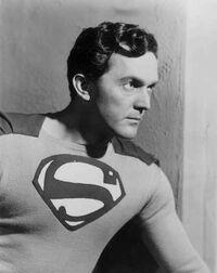 Kirk Alyn Superman.jpg