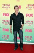 Jensen+Ackles+8th+Annual+Teen+Choice+Awards+FgTqhsiyS5Jx