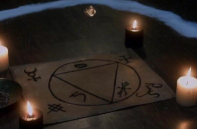 Gavin's signet ring