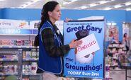 S03E12-Heather groundhog sign