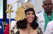 S02E06-Amy as Cleopatra