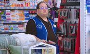S04E15-Elias hears salary