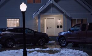 S03E09-Amy's house outside.jpg
