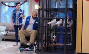S04E13-Jonah Garrett cage