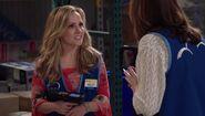 S03E03-Kelly in Warehouse