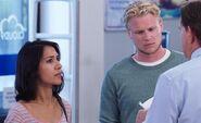 S02E03-Michelle and bf