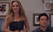 S03E09-Kelly explains game