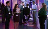 S04E08-Amy Jonah iPad