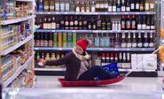 S04E08-Lady on sled