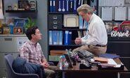 S04E07-Glenns office