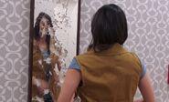 S04E14-Broken mirror